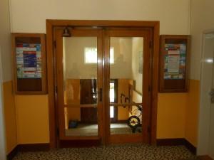 Spojovací dveře
