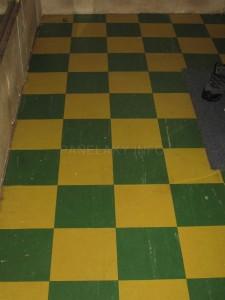 Vydlážděná podlaha