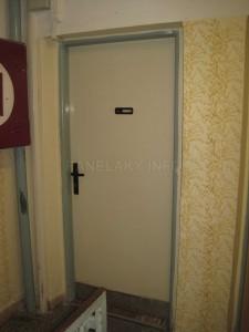 Původní bytové dveře