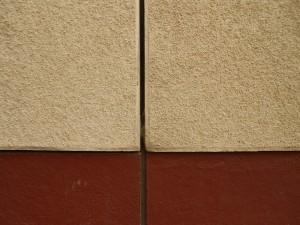 Detail spáry (červená část je sokl)