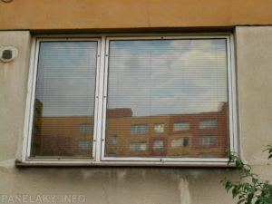 Velké dvoukřídlé okno