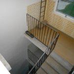 Díra namísto výtahové šachty