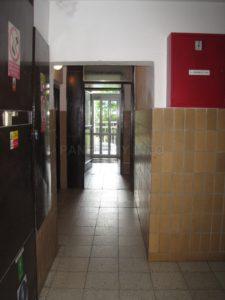 Spojovací chodba k výtahům