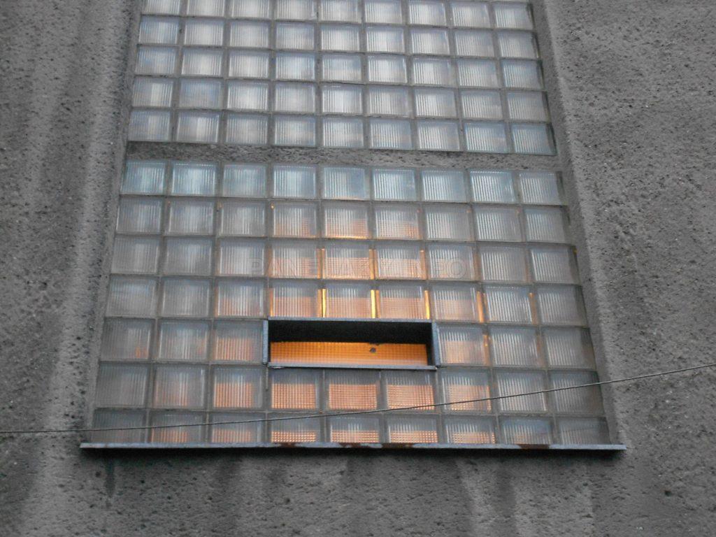 Detail chodebního okna