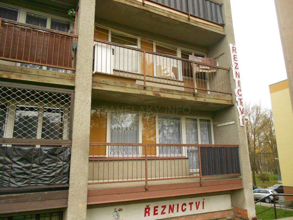 Okna jsou původní vč. MIV